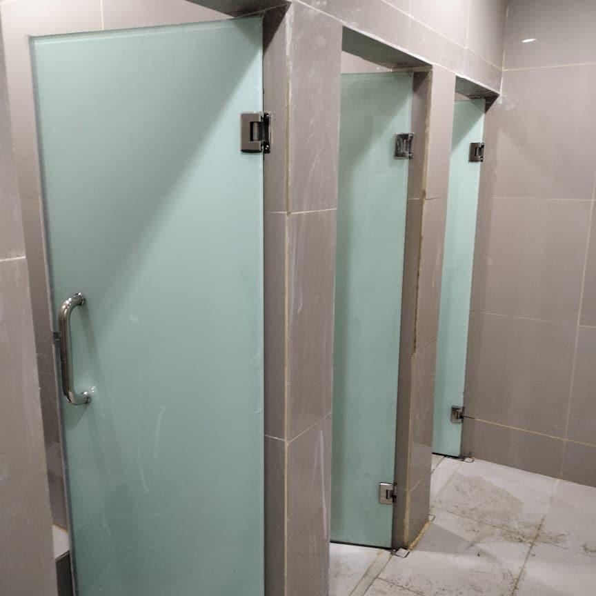 Jual Kubikel Toilet Kaca Tempered Termurah Di Seluruh Indonesia